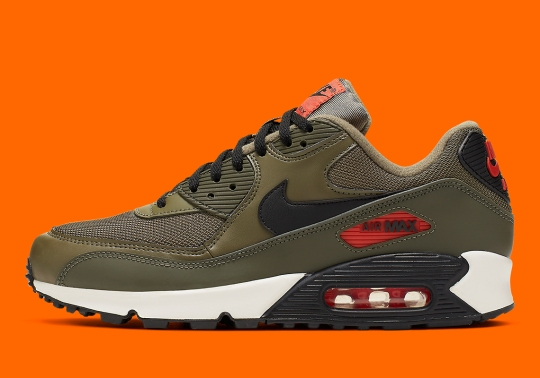 """Undefeated"" Colors Hit The Nike Air Max 90"