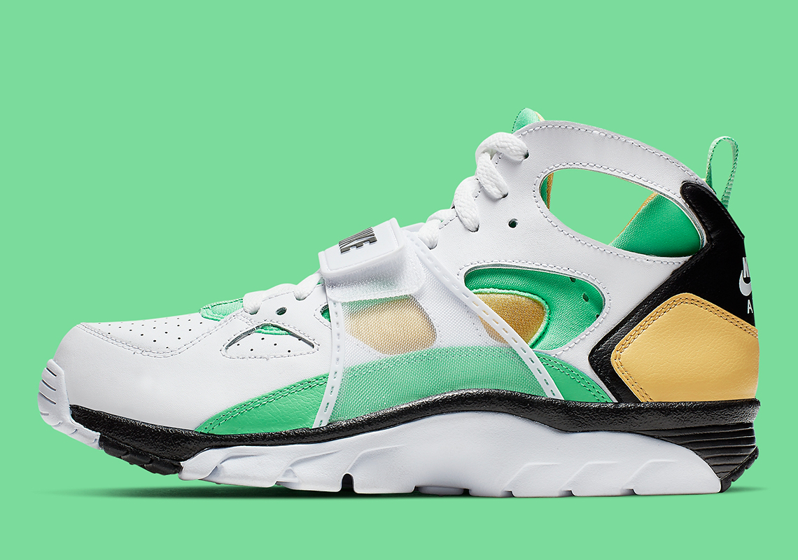 new styles 7355b 2b565 Nike Trainer Huarache White Gold Green 679083-108   SneakerNews.com