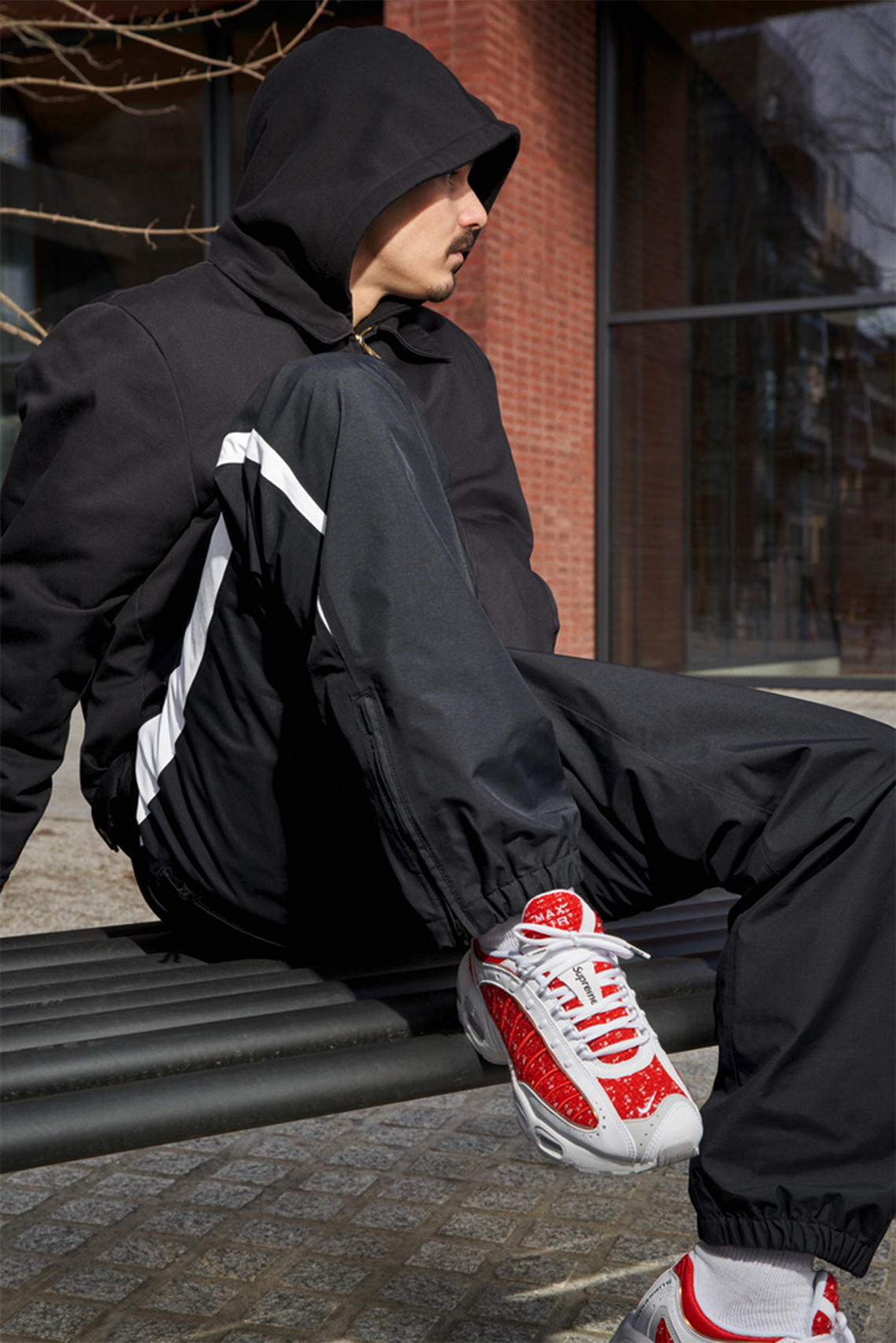 fa89864a9b Supreme Nike Air Max Tailwind 4 AT3854-001 + AT3854-100 Release Date ...