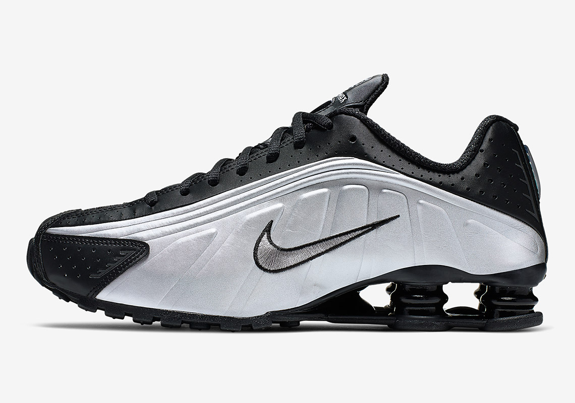 new styles 2b2a2 b5048 The Nike Shox R4 Is Arriving In Black And Metallic Silver