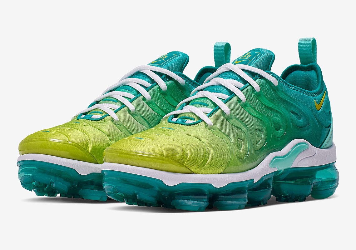 "5a8fa60d024 Nike Refreshes The Vapormax Plus With New ""Lemon Lime"" Colorway"
