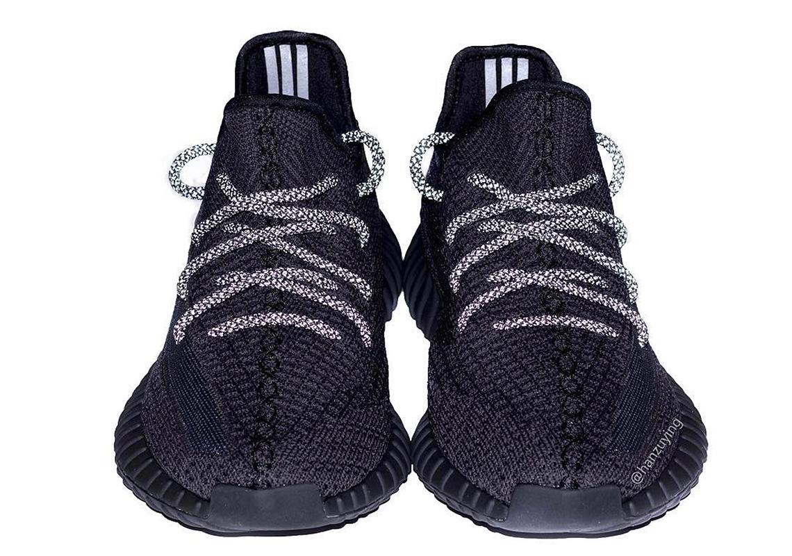 yeezy v2 350 triple black