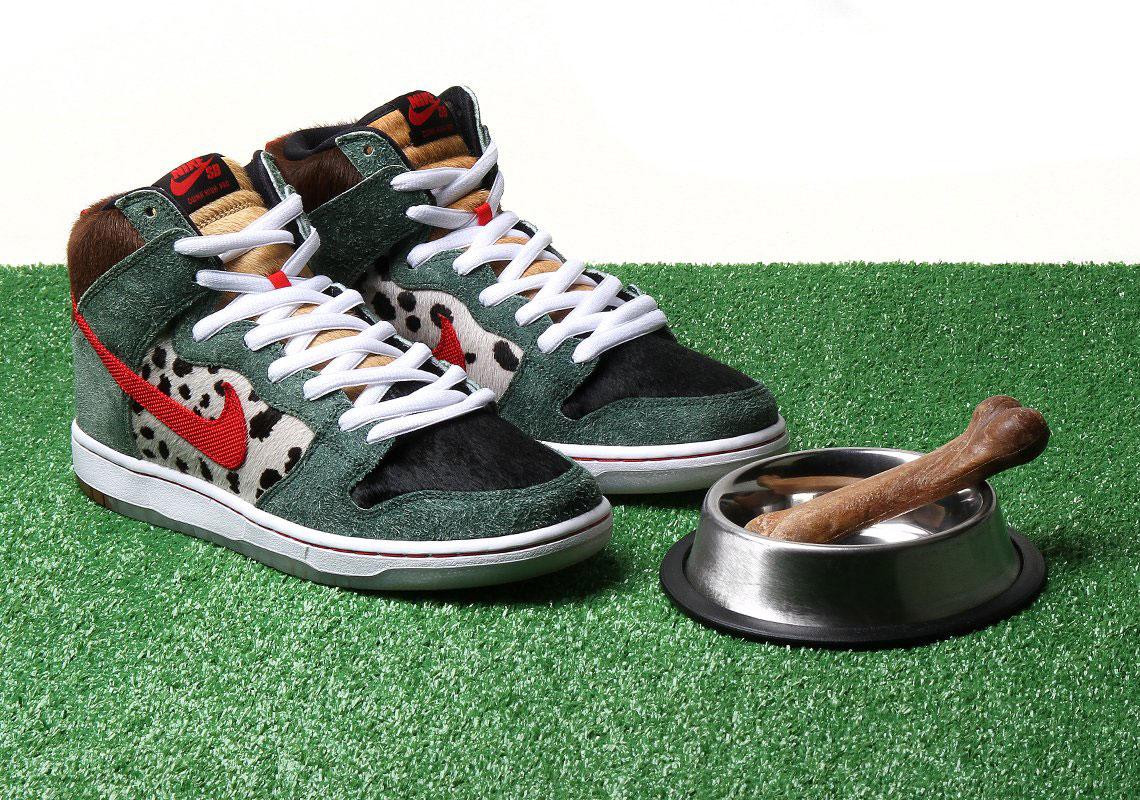 Dog Walker Dunk Nike SB - Store List +