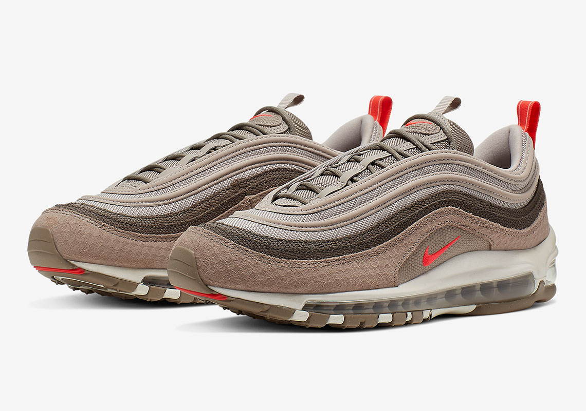 sports shoes 7c1a3 52992 The Nike Air Max 97 Premium Features A Mix Of Compelling Textures