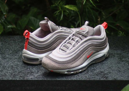 sports shoes b8218 75c9c The Nike Air Max 97 Premium Features A Mix Of Compelling Textures