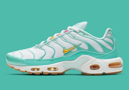 big sale 5463c 6472a The Nike Air Max Plus Returns In Easter Colors