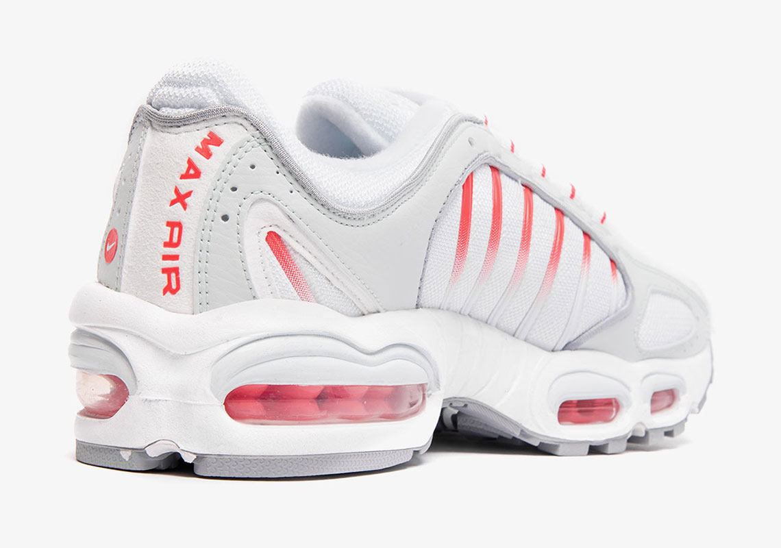 """buy online 3fe01 2129b Detailed Look At The Nike Air Max Tailwind IV """"Red Orbit"""""""