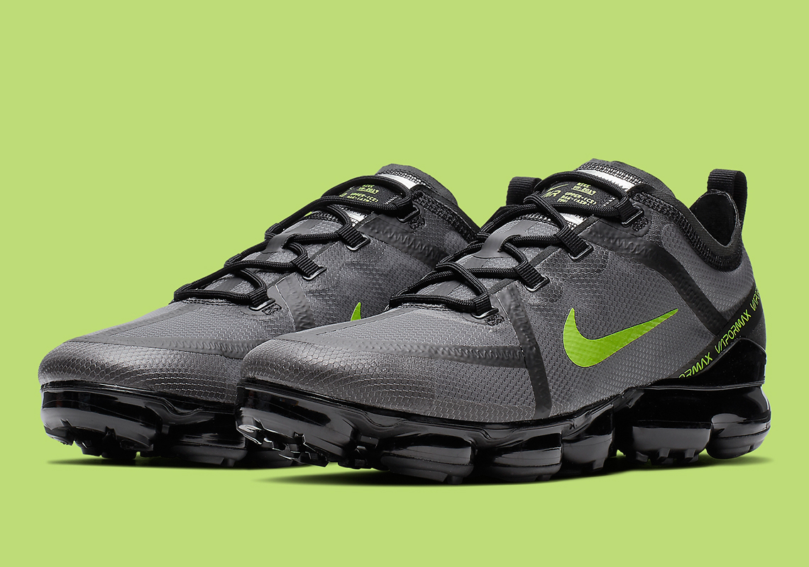 sports shoes 8f712 1db8e Nike VaporMax 2019 Releasing In Black And Volt: Official Images