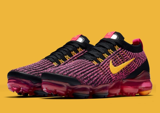 393c0255a54 The Nike Vapormax Flyknit 3 Scoops Up The Sherbet Colorway