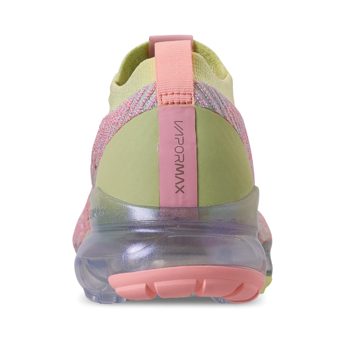 59488e5906f9 Nike Vapormax Flyknit 3 Women s Easter Release Date