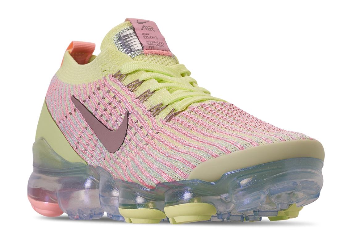 05a49b39d46 Nike Vapormax Flyknit 3 Women s Easter Release Date