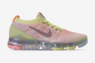 cb64dcab32af The Nike Vapormax Flyknit 3 Arrives In Time With Easter Tones
