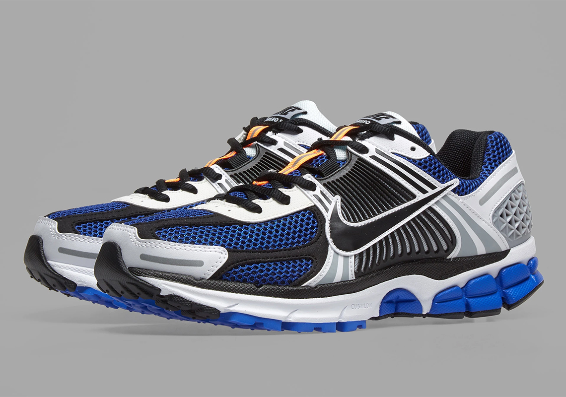 premium selection 08842 6769e Nike Zoom Vomero 5 SE SP Asia Release Date  April 18th, 2019. Global  Release Date  May 13th, 2019  160. Color  White Racer Blue Black