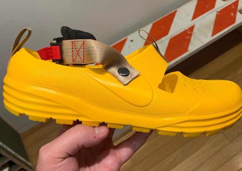 00937bd6d934 Tom Sachs Made Custom Nike Solarsoft Sandals For A Tea Ceremoney
