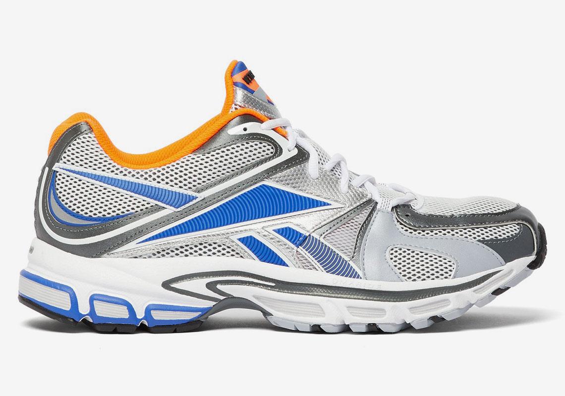 Portero parásito Apoyarse  VETEMENTS Reebok Spike Runner 200 Release Info | SneakerNews.com