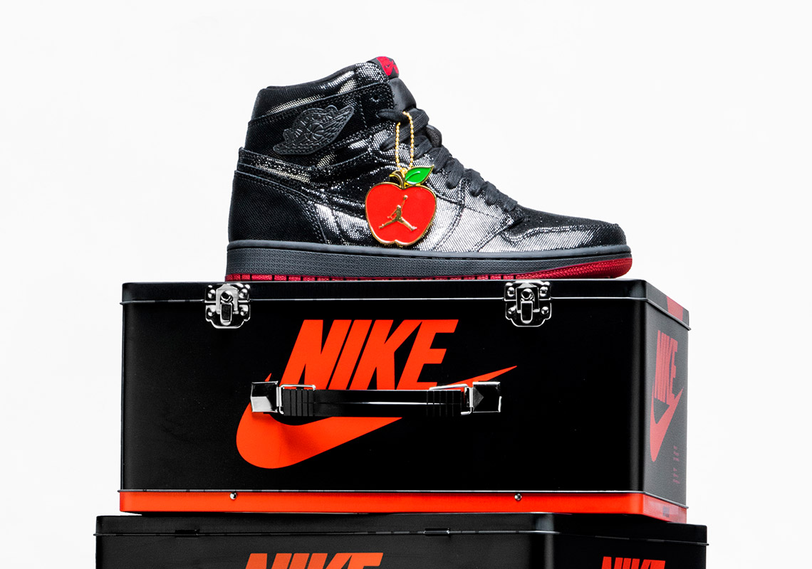 shoe palace air jordan 1
