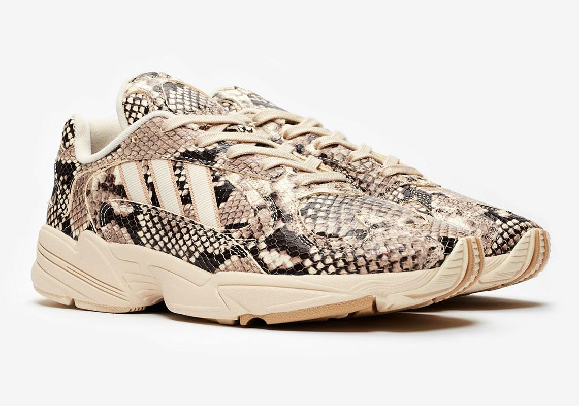 buy popular 0259b 9352b De adidas Consortium Yung-1  Snakeskin  zal vrijdag 24 mei releasen voor  een prijs van €149,-. Benieuwd waar jij deze sneakers kan scoren en hoe  laat de ...