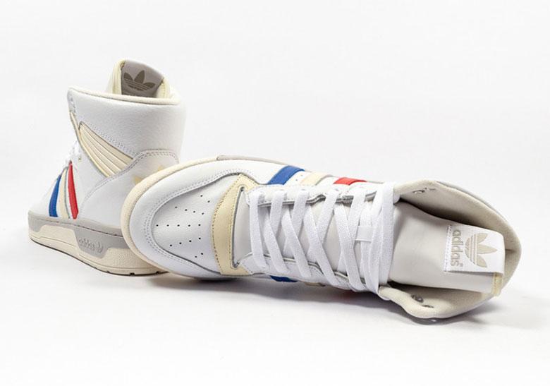 efa3805114c8 Nike LeBron 3 Houston Oilers AO2434-400 Release Date - OPMSTREAMS