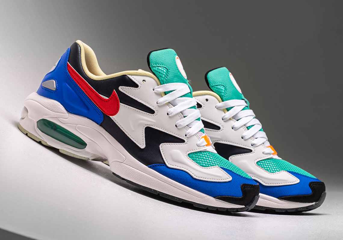 Nike Air Max 2 Light SP Racer Blue BV1359-400 Release Date | SneakerNews.com