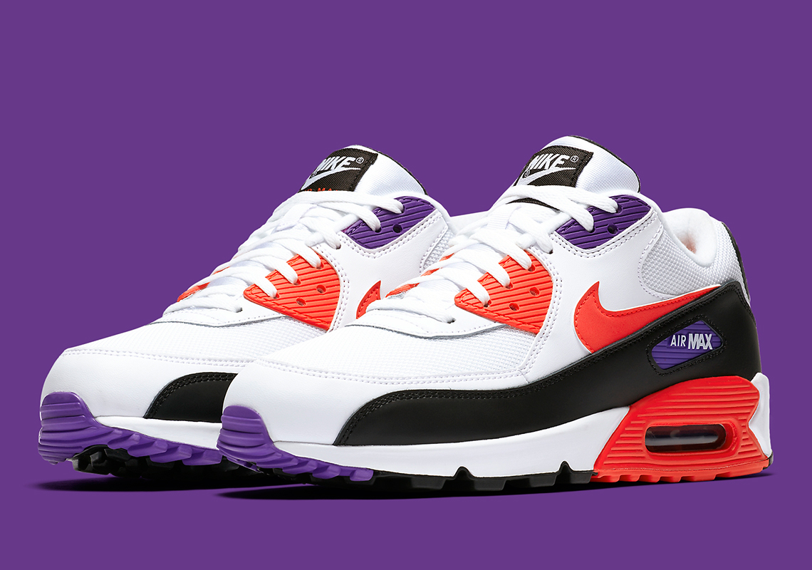 Nike Air Max 90 Essential *Raptors* (White Red Orbit Psychic Purple Black)