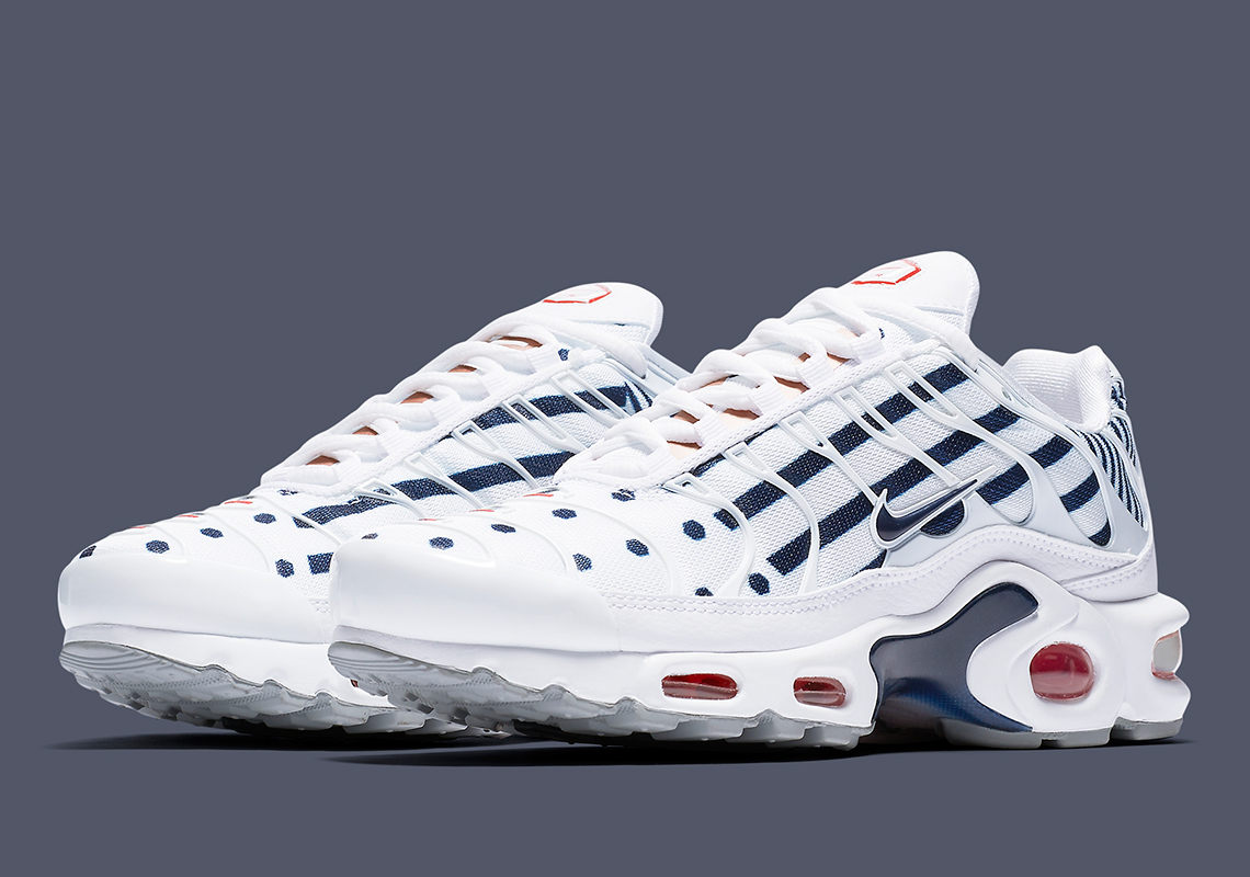reputable site a4bae 93f8c Nike Adds The Air Max Plus To Their Slate Of France-Themed Releases