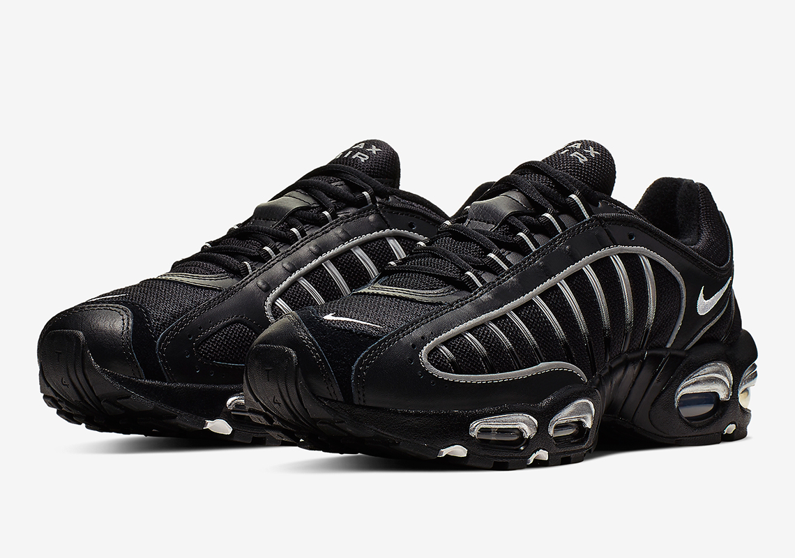 buy online e6256 5acc2 The Nike Air Max Tailwind IV Emerges In Black And Silver