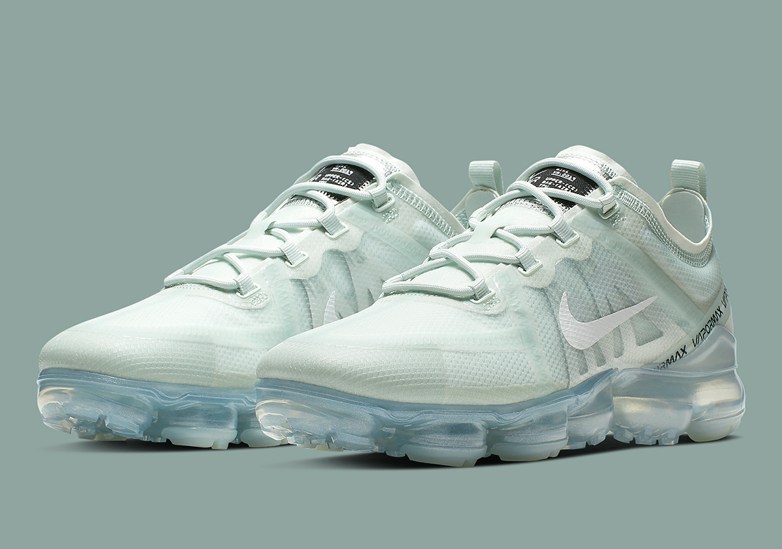 f9b9103b0f0a7 Nike Vapormax 2019 Barely Grey AR6631-005 Release Date