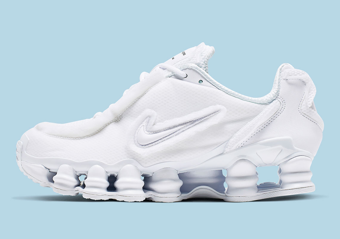buy popular 9e841 3923a Official Images Of The COMME des GARÇONS x Nike Shox TL In White