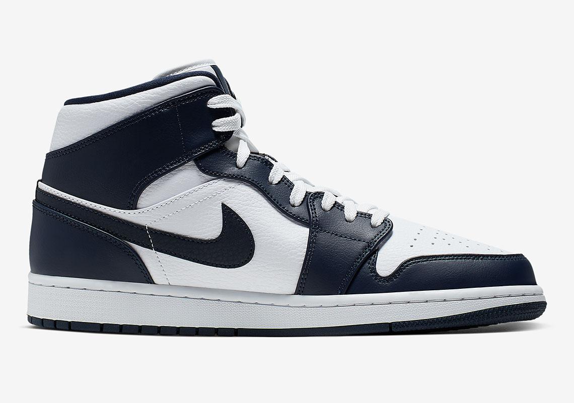 b72e4492 Jordan 1 Mid Navy Gold 554724-174 Release Info | SneakerNews.com
