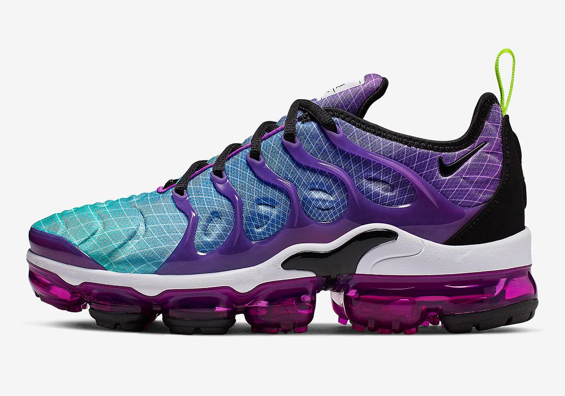 check out 3e14a 32b53 Nike Vapormax Plus AO4550-900 Release Info | SneakerNews.com