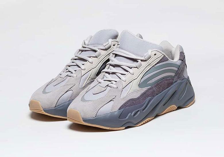 best sneakers 4aa5b 7b050 Sneaker News Yeezy