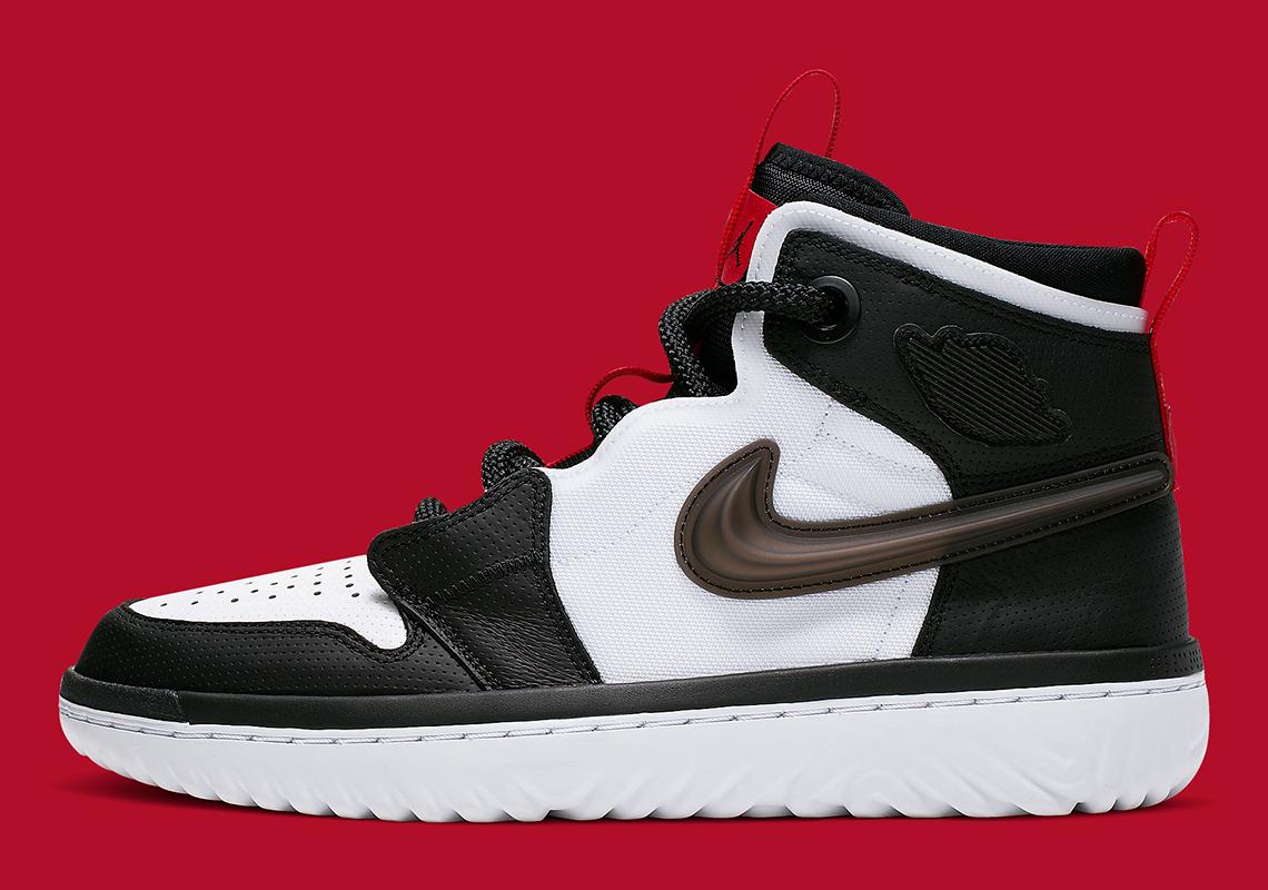 Jordan 1 React White Black Red AR5321