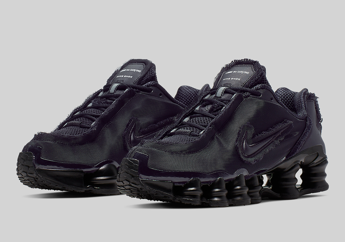 promo code 4ccf8 a99eb Official Images Of The Comme des Garçons x Nike Shox TL In Black