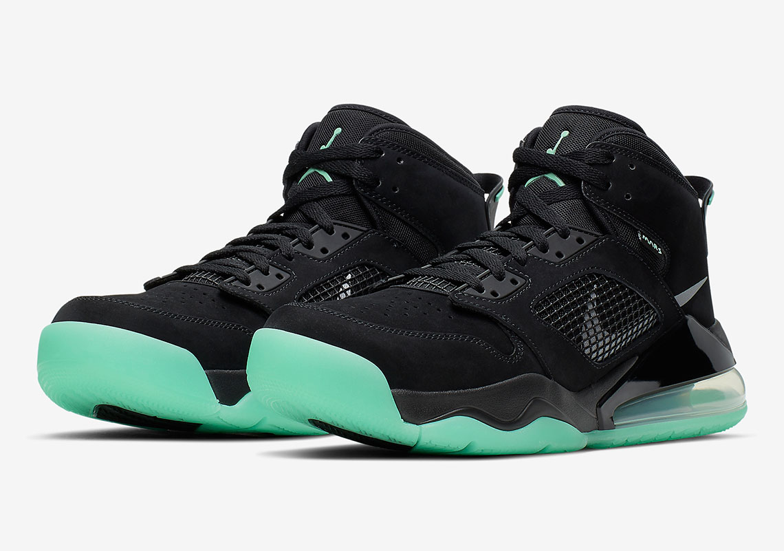 on sale ae66c 56e1f Jordan Mars 270 Black Green Glow CD7070-003 | SneakerNews.com