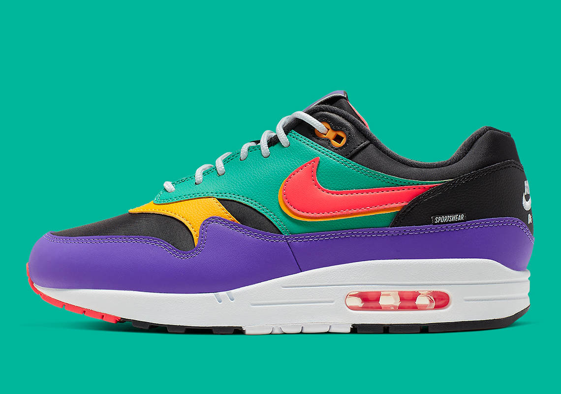 "Nike Air Max 1 ""Windbreaker"" Brings The Vintage 90s Vibes: Official Photos"