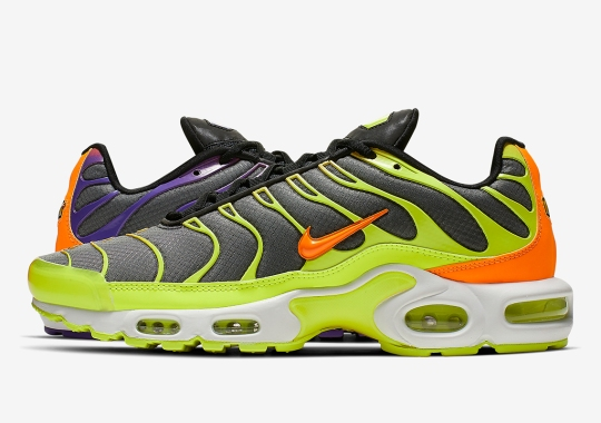 813bd10c583 Another Color-Flipped Air Max Plus Is Coming Soon