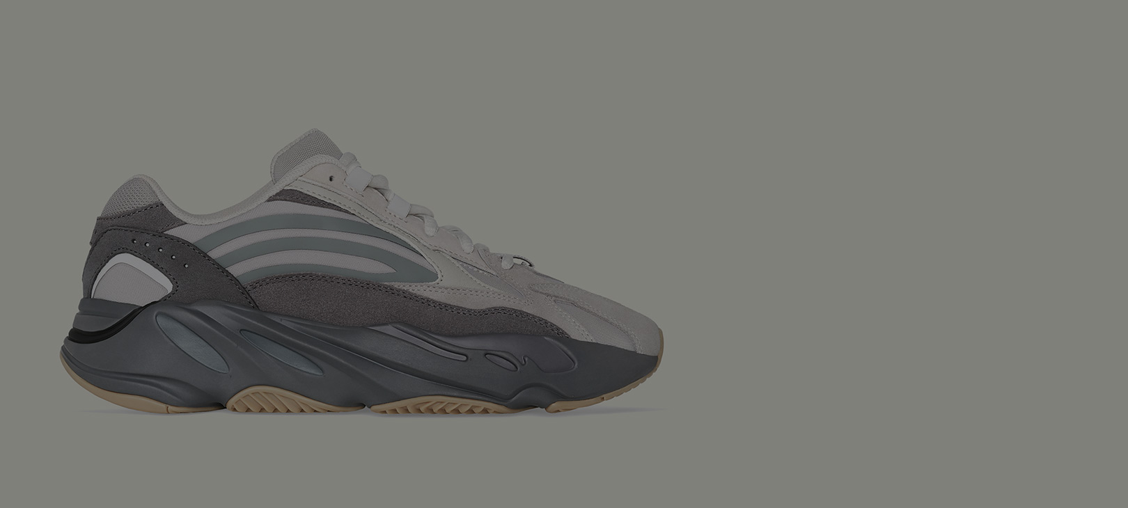 official photos 1285d 9032e Sneaker News - Jordans, release dates & more.