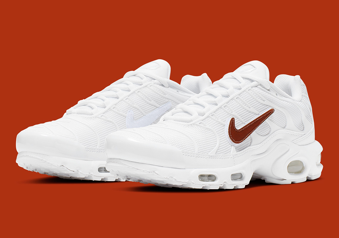 new concept 83580 c79ff Nike Air Max Plus Removable Swoosh CJ9696-100 Release Info ...