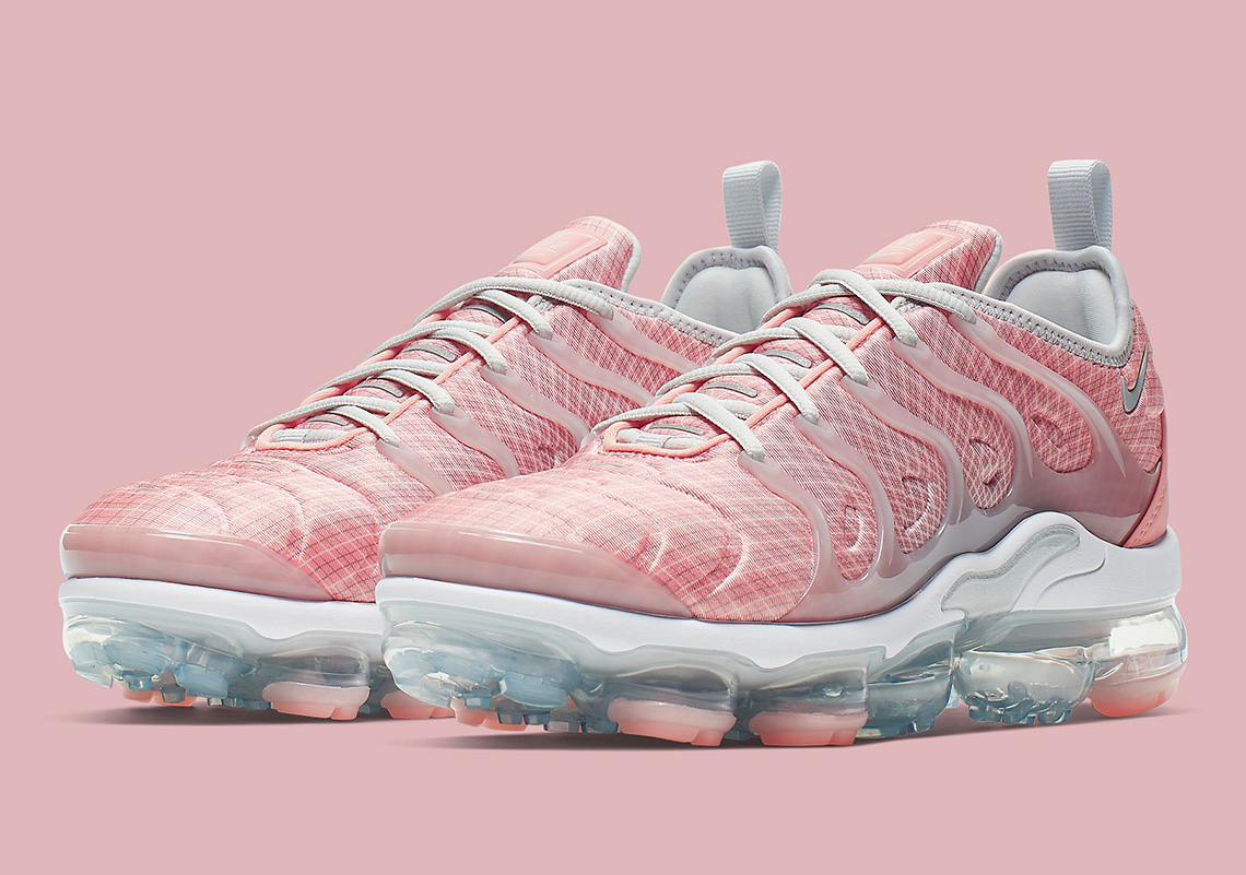 buy popular 312f3 25589 Nike Vapormax Plus Bleached Coral AO4550-603 Release Info ...
