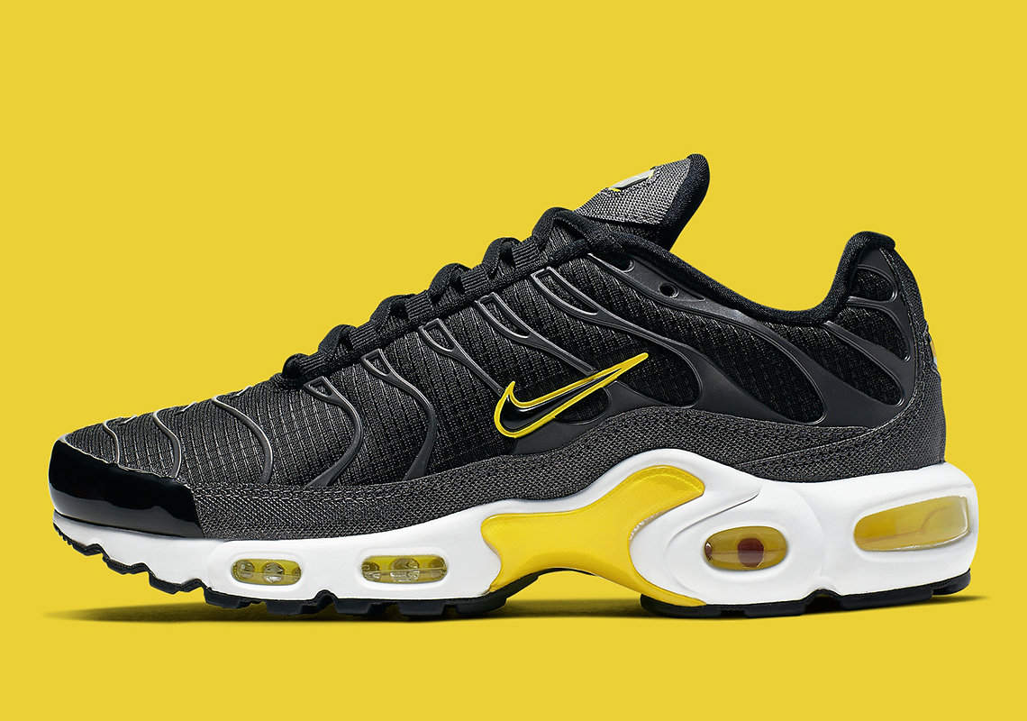 sports shoes 0a171 90a08 Nike Air Max Plus Black Yellow CN0142-001 Release Info ...