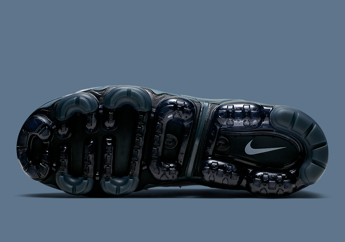best sneakers 71091 a3d06 National Day Of Reconciliation ⁓ The Fastest Nike Vapormax ...