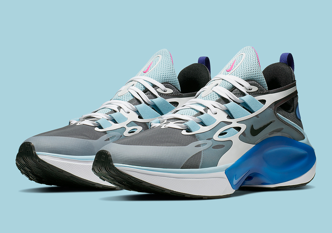 The Nike Signal D/MS/X Applies A Cooling Ocean Cube Colorway