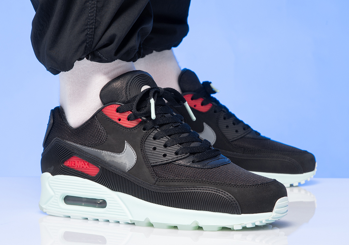 online store 6e269 a2705 Nike Air Max 90 Vinyl CK0902-001 Release Date | SneakerNews.com