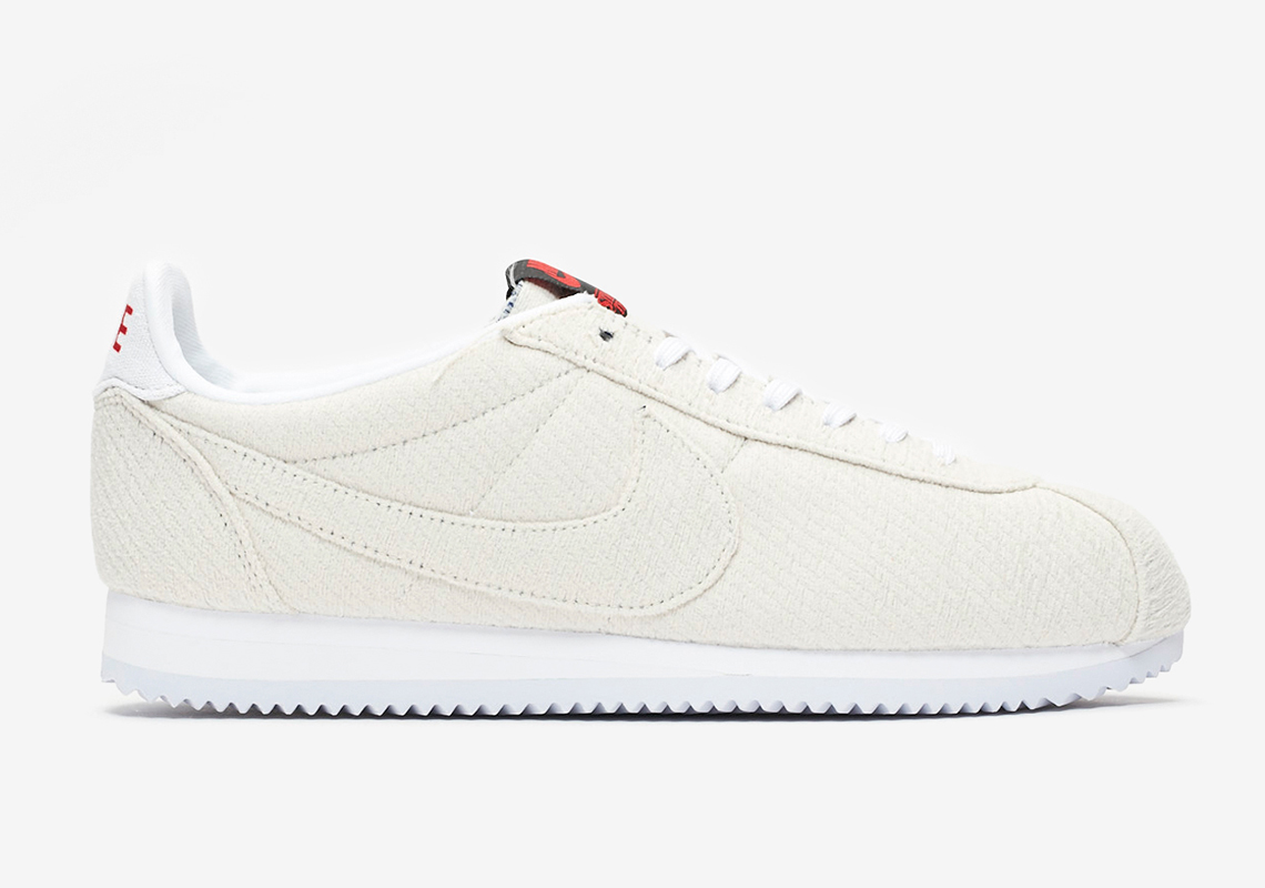 cheap for discount 86b67 103a9 Where To Buy Stranger Things Nike Cortez Upside Down ...