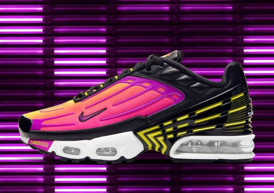 "Detailed Look At The Nike Air Max Plus 3 ""Hyper Purple"""