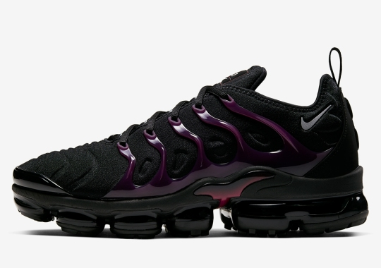 Nike Vapormax Plus Blends Black Uppers With Noble Red