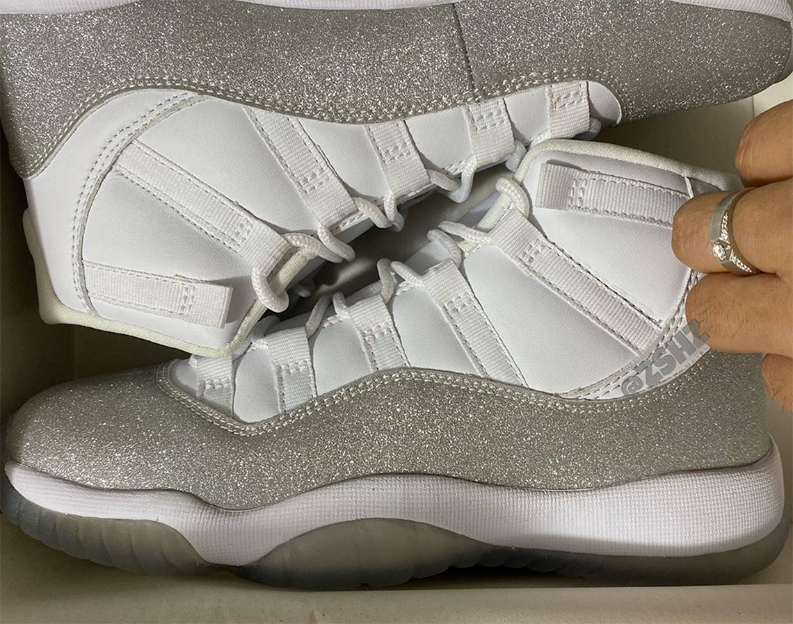Jordan 11 White Metallic Silver Vast Grey AR0715 100