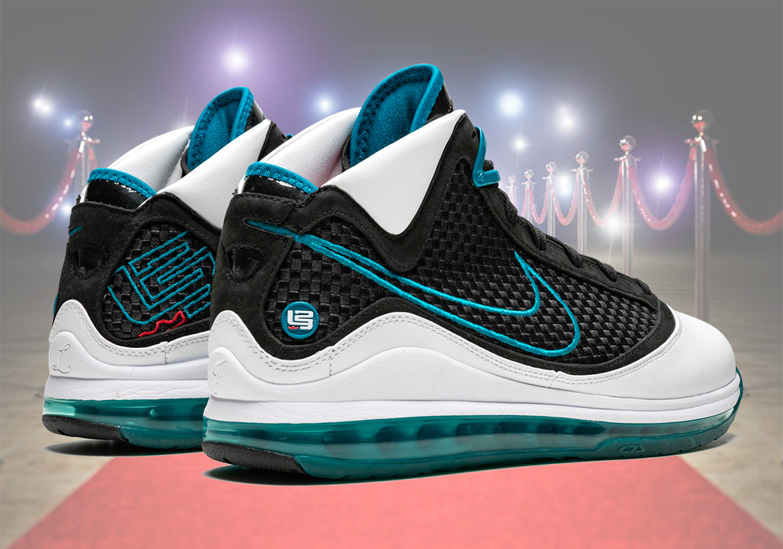 Nike LeBron 7 Red Carpet Retro Release Date |