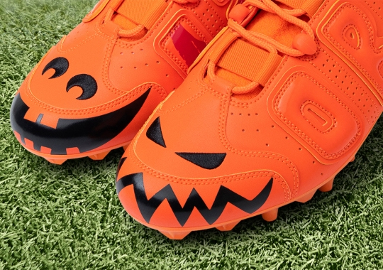 """Odell Beckham Jr.'s Latest Nike Cleats Celebrate Halloween With """"Savage Beast"""" And Pumpkins"""