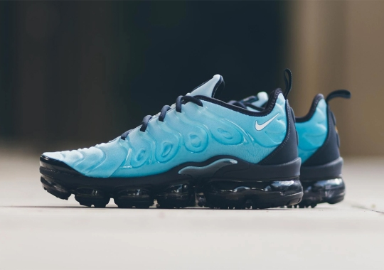"The Nike Vapormax Plus ""Light Current Blue"" Is Available Now"